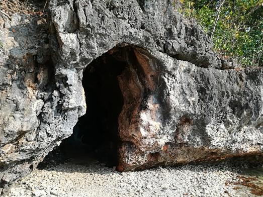 Cueva en Virgen Island junto a Governor