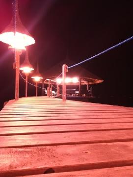 Jugando con las posibilidades de diafragma y tiempo del móvil, para fotos nocturnas