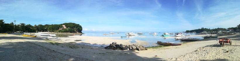Playa frente al Hostal