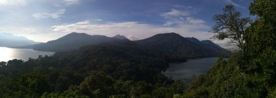 Vista de los lagos Buyan y Tambligan