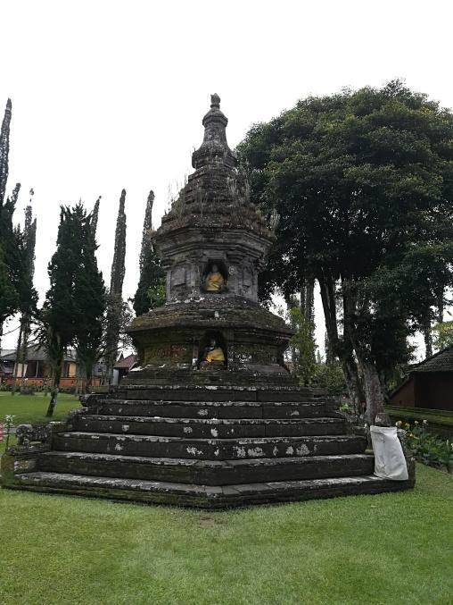 Monumento c