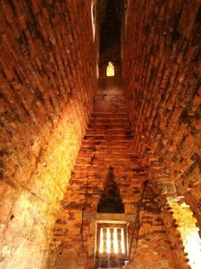 En el interior de uno de los templos