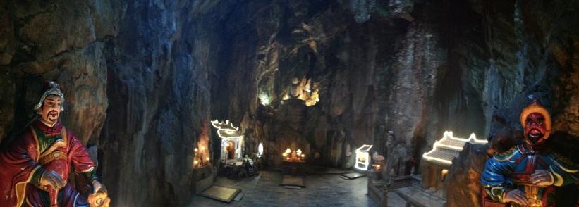 Otra cámara de la cueva Huyen Khong