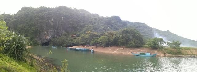 Panorámica de la cueva de Phong Nha