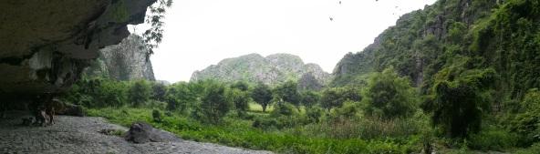 Salida de la cueva Mua
