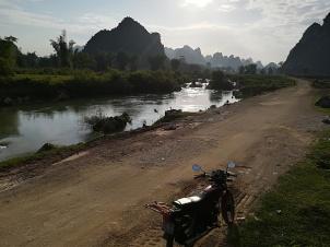 De paseo por las pistas junto al río